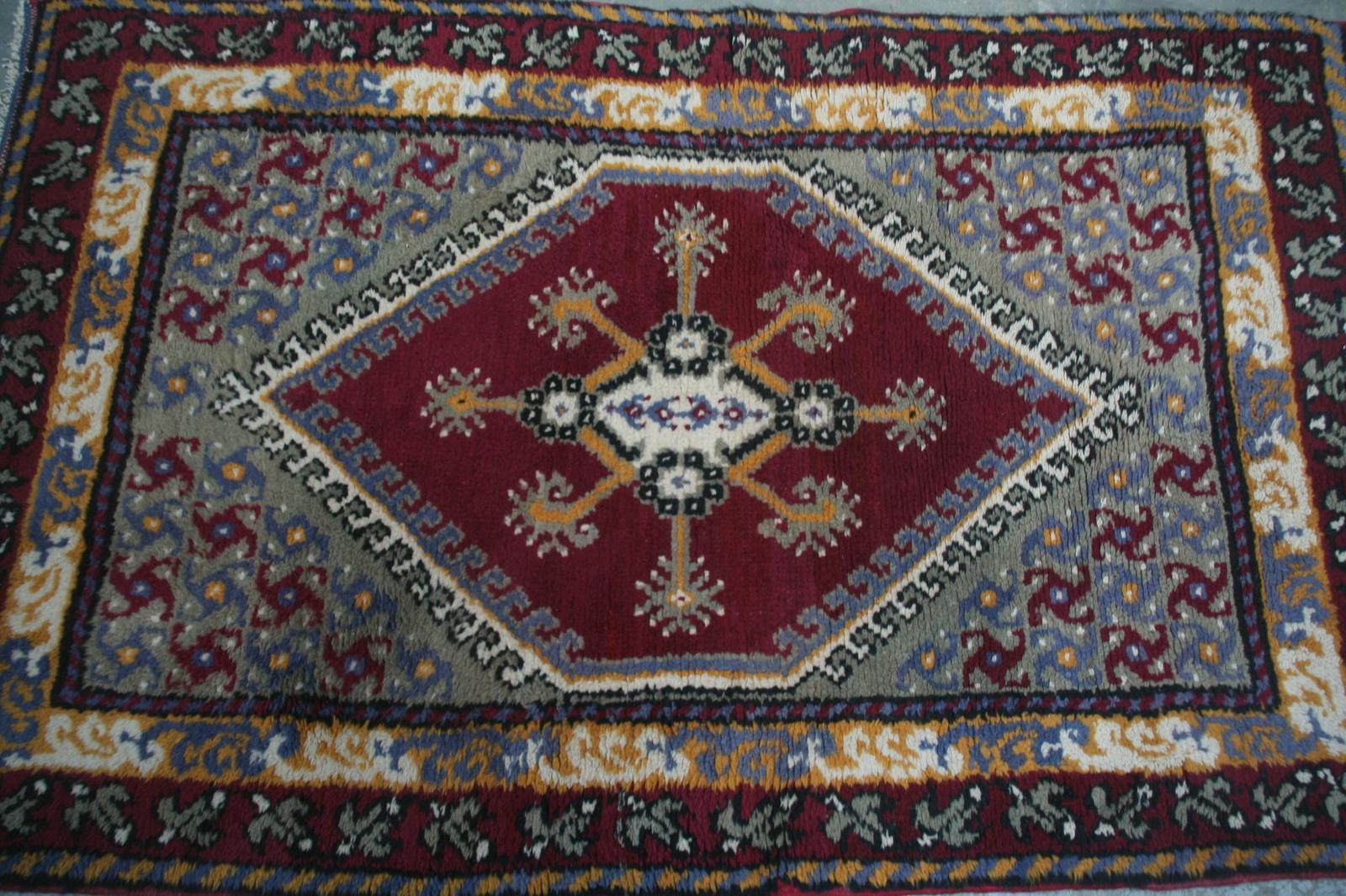 Tapis ancien tunisien kairouan 98x154 cm tapis d 39 orient tapisseries d 39 aubusson anciennes - Tapis roulant occasion tunisie ...
